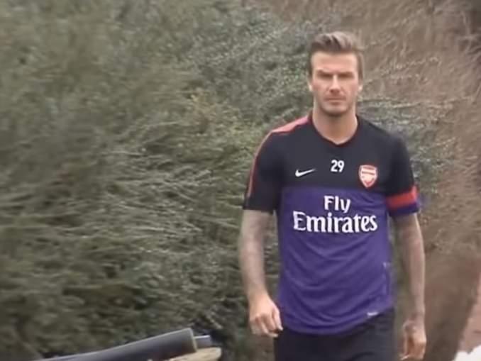 Muistatko kun David Beckham puki ylleen Arsenal-paidan?