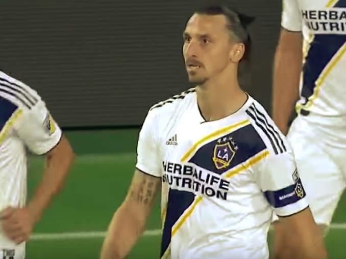 MLS-seura San Jose Earthquakesia edustava Florian Jungwirthin mukaan Zlatan Ibrahimovic käyttäytyi MLS:ssä varsin huvittavasti.