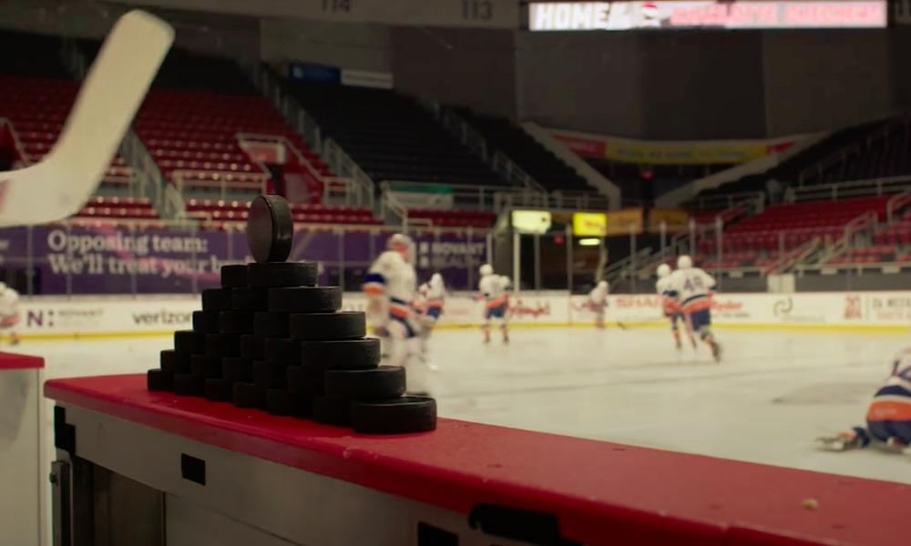 Anonyymit NHL-pelaajat ärähtivät positiivisista koronavirustesteistä, eikä monenkaan mielestä koko kautta pitäisi aloittaa ainakaan vielä hetkeen.
