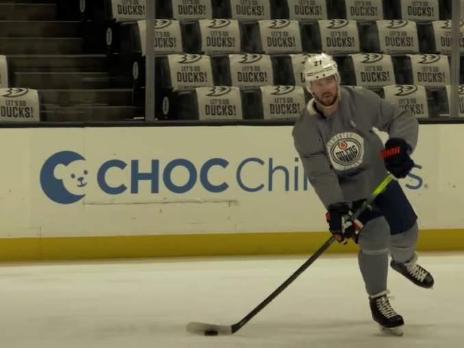 Kuusi NHL-pelaajaa kieltäytynyt pelaamasta: mukana on nimekkäitä pelaajia, kuten Edmonton Oilersin Mike Green.