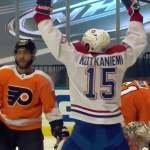 Montreal Canadiensin Jesperi Kotkaniemi teki historiaa, kun hän osui kahdesti pudotuspeliottelussa Philadelphia Flyersia vastaan.