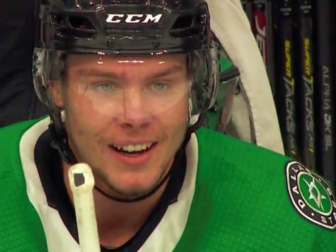 Dallas Starsin Miro Heiskanen osui kahdesti Calgary Flamesia vastaan ja siirtyi NHL:n pudotuspelien puolustajien pistepörssin johtoon.