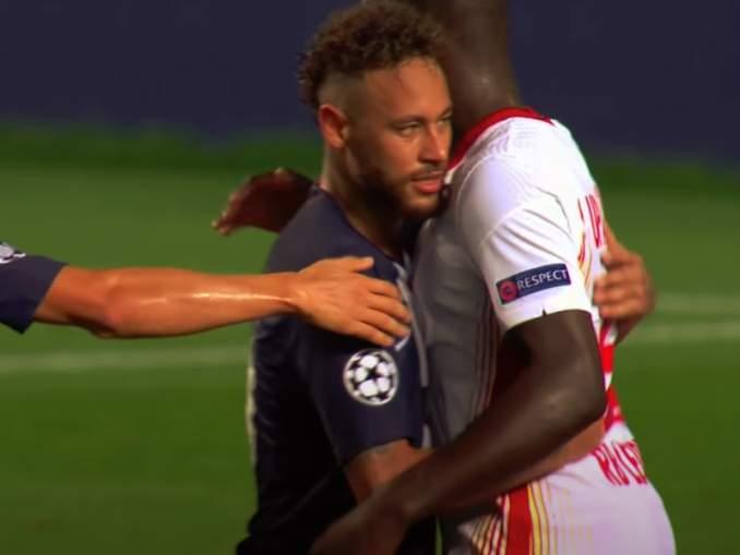 Neymar ei saa pelata Mestarien liigan finaalissa? Brasilialainen saattaa saada pelikieltoa tai joutua karanteeniin vaihdettuaan pelipaitaa semifinaaliottelun jälkeen RB Leipzigin pelaajan kanssa.