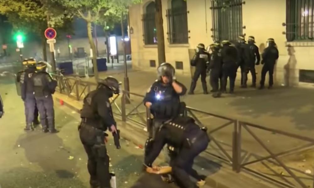 PSG:n kannattajat valtasivat Pariisin kadut, kun pariisilaisseura oli joutunut taipumaan Mestarien liigan finaalissa Bayern Münchenille.