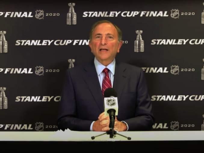 Gary Bettman varoitteli NHL-kauden 2020-21 alun mahdollisesti siirtyvän entisestään.