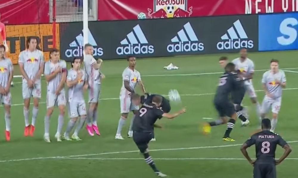 onzalo Higuaín ja ensimmäinen MLS-maali vapaapotkusta.