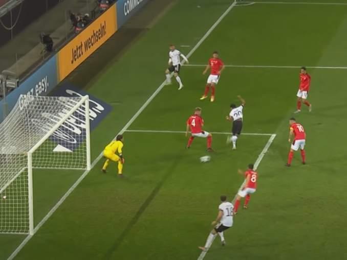Serge Gnabry dominoi Saksan maajoukkueessa - sankari Sveitsi-ottelussa.