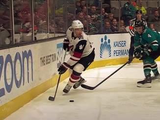 Taylor Hall siirtyy Buffalo Sabresiin vuoden ja 8 miljoonan dollarin arvoisella sopimuksella.