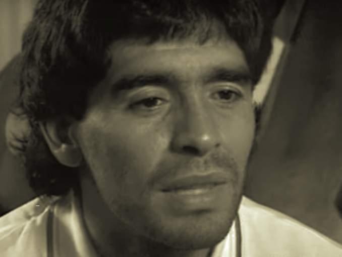 Diego Maradona on kuollut, kertovat argentiinalaislähteet.